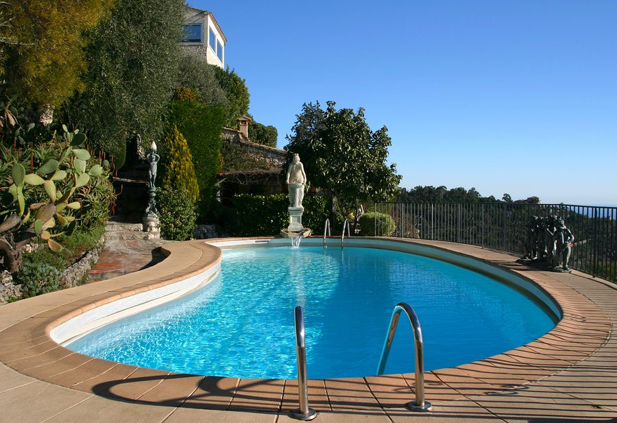 Replacing Your Pool Liner