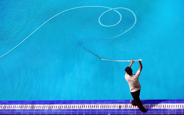 Save Yourself Time And Money By Hiring A Pool Professional