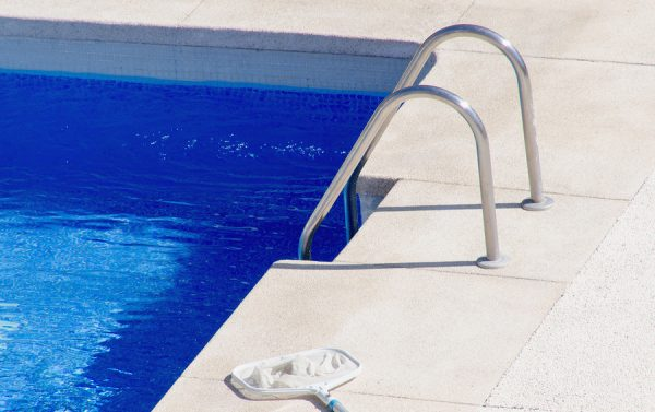 Consider A Swimming Pool Repair To Prevent Your Budget From Taking A Hit